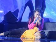 Làm mẹ - Noo Phước Thịnh rơi lệ khi học trò hát về lũ miền Trung