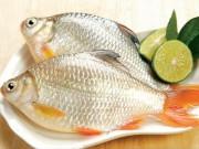 Bếp Eva - Rửa cá với những nguyên liệu sau đây đảm bảo sẽ khử được mùi tanh