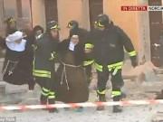 Tin tức - Ảnh: Động đất cực mạnh ở Italia, hàng loạt nhà đổ sập