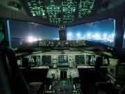 Tin tức - Chụp ảnh khiêu dâm khi đang bay ở độ cao 11.000m, phi công bị đình chỉ bay