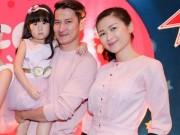Làng sao - Huy Khánh lần đầu đưa vợ và con gái lên sóng truyền hình