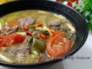 Bếp Eva - Canh dưa chua nấu thịt bò trôi cơm vô cùng