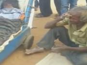 Tin tức - Không có tiền thuê xe cứu thương, cụ ông kiệt sức vì kéo xe đưa thi thể vợ về nhà