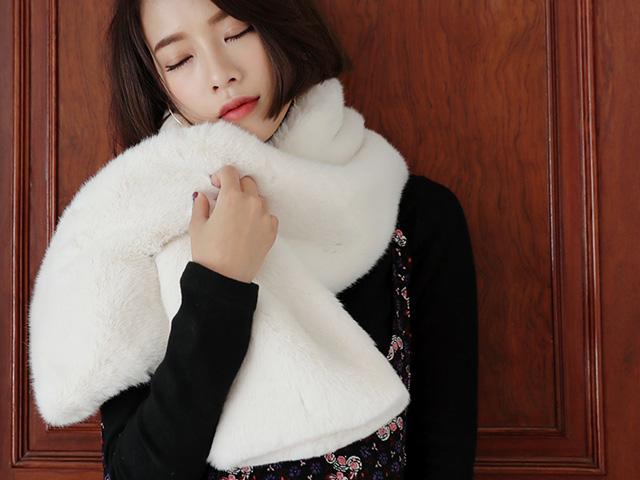 Lạnh thế này chỉ muốn ấm êm với khăn quàng xinh xắn