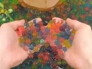 Tin tức - Thứ đồ chơi nguy hiểm cho trẻ: Hạt nhựa nở gây ung thư âm thầm trở lại