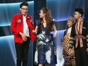 Làng sao - Bị nhắc khéo đến bạn trai siêu mẫu, Hoàng Thùy Linh bối rối