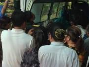 Tin tức - Người chồng tàn tật ngồi xe lăn trong vụ nổ bốt điện tử vong