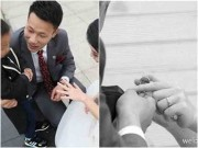 """Làm mẹ - Nghẹn ngào giây phút bé trai 3 tuổi """"trao nhẫn cưới"""" cho người mẹ mắc bệnh ung thư"""