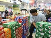 Mua sắm - Giá cả - TP.HCM: Giá bia sẽ không tăng trong dịp Tết