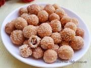 Bếp Eva - Vui miệng với đậu phộng bọc bột tẩm vừng chiên giòn cho chị em ăn vặt