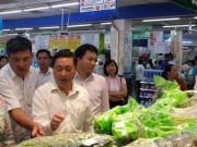 Mua sắm - Giá cả - TP.HCM: Giá hàng hóa sẽ giảm 5%-20% trong dịp tết