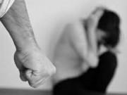 Nữ trí thức bị bạo lực tình dục như thế nào?