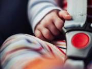 Tin tức - Đau lòng những vụ trẻ chết thảm trong xe ô tô do bố mẹ đãng trí