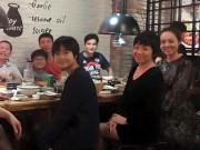 Làng sao - Công Lý đi ăn cùng vợ cũ Thảo Vân và bạn gái mới