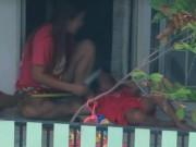 Clip Eva - Thái Lan: Phẫn nộ cảnh mẹ túm tóc, dọa cắt lưỡi con chỉ vì con ít nói