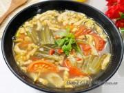 Bếp Eva - Canh dưa chua nấu tóp mỡ đơn giản mà ngon cơm