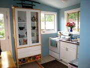 Muôn kiểu thiết kế tủ cho phòng bếp siêu chật