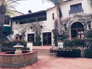 Nhà đẹp - Soi nội thất bên trong căn biệt thự 33 triệu USD của tỷ phú 72 tuổi Hoàng Kiều