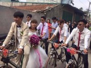 Tin tức - Cả nhà gái ngỡ ngàng khi thấy chú rể đến rước dâu bằng xe đạp Thống nhất