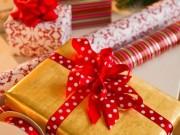 Tin tức - Mở quà Giáng sinh sớm, hai bé trai bị mẹ dùng dây lưng đánh dã man
