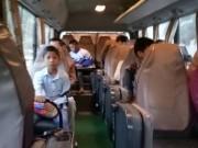 Tin tức - Tài xế xe khách 2 năm chở miễn phí học sinh vùng cao đến trường