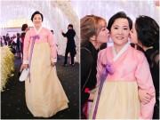 Làng sao - Ngắm lại mẹ ruột, 2 em gái và gia đình người Hàn của Hari Won trong đám cưới