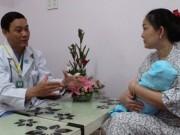 Bà bầu - Quá kiêng cữ sau sinh, mẹ và bé dễ mắc bệnh gì?