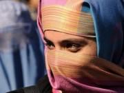 Tin tức - Người phụ nữ bị chặt đầu vì đi mua sắm mà không có chồng đi cùng