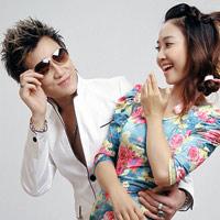 Lâm Chấn Huy tình tứ với hot girl