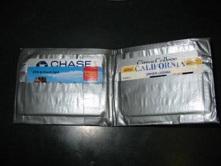 Những sản phẩm tuyệt đỉnh từ băng dính - 3