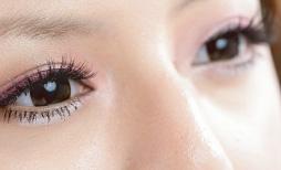 2 cách trang điểm mắt nhẹ nhàng và ấn tượng - 3