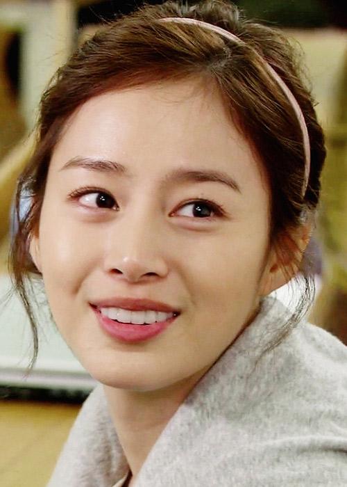 Ngắm trang phục Kim Tae Hee dễ thương trong My Princess - 14