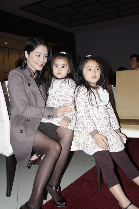 """Vợ Quyền Linh: """"Tôi chưa từng đánh ghen với chị Kim Chi"""" - 1"""