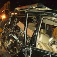 Hình ảnh vụ tai nạn tàu hỏa đâm 6 ô tô