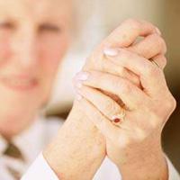 Nguyên nhân gây chứng run tay