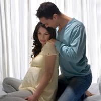 """""""Yêu"""" trong ba tháng đầu của thai kỳ"""