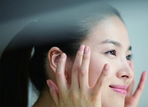 Nên và không nên khi chăm sóc da mắt