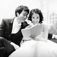 Lee Chun Hee khoe ảnh cưới lãng mạn