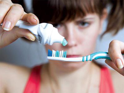 Bệnh răng miệng và những cảnh báo - 1