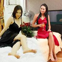 """""""Soi"""" phòng ngủ của các sao nữ Việt"""