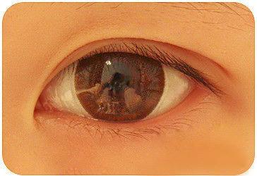 1300447753 trang diem mat to2 Bí quyết trang điểm mắt to tròn như nai tơ
