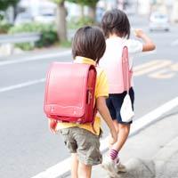 Làm gì khi con bạn ghét đi học?