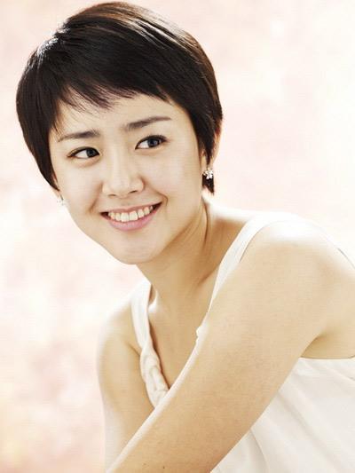 Những kiểu tóc ngắn cá tính của mỹ nữ Hàn - 1