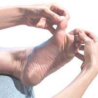 Nguyên nhân gây tê chân