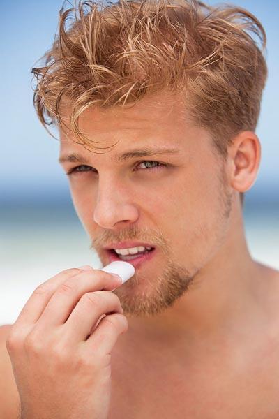 Tại sao bị nhói đau khi quan hệ bằng miệng
