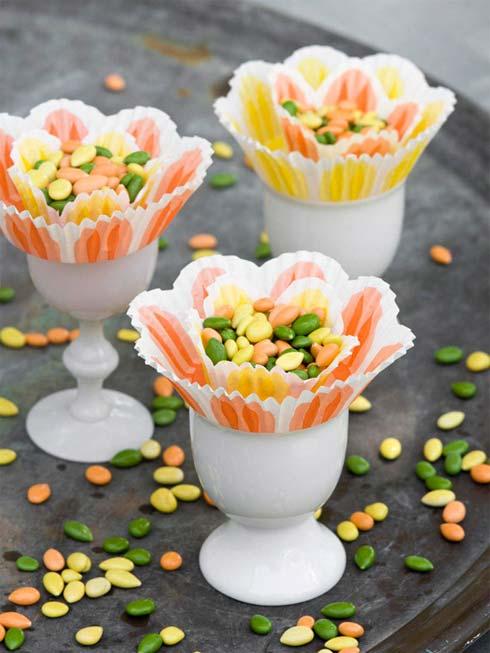 Bàn tiệc đẹp mê ly với hoa và trứng - 1