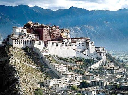 5 lâu đài cổ hoành tráng nhất Á châu - 1