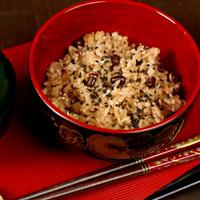 Nấu xôi đậu đen thơm dẻo bằng nồi cơm điện