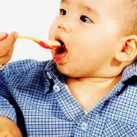 Cho trẻ ăn trứng theo từng độ tuổi