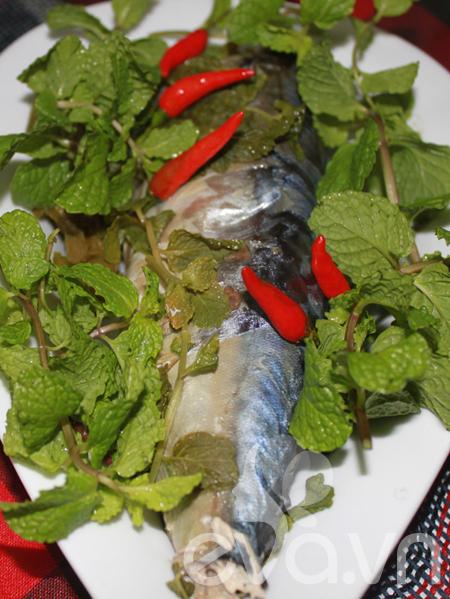 Cuối tuần, đổi món với cá hấp lá bạc hà - 8
